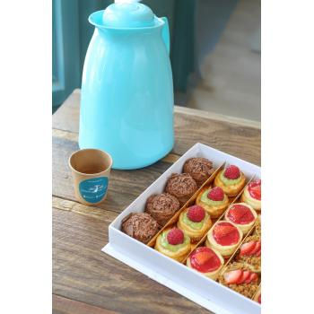 Cheesecake Bites Box + Spanish Latte